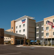 Fairfield Inn Suites Fayetteville North