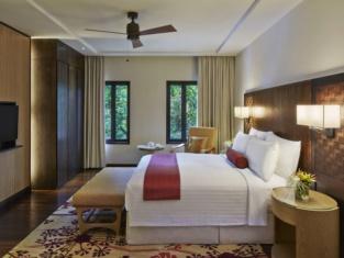 Mulu Marriott Resort Spa