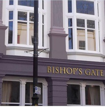 Bishop's Gate Hotel & Apartments