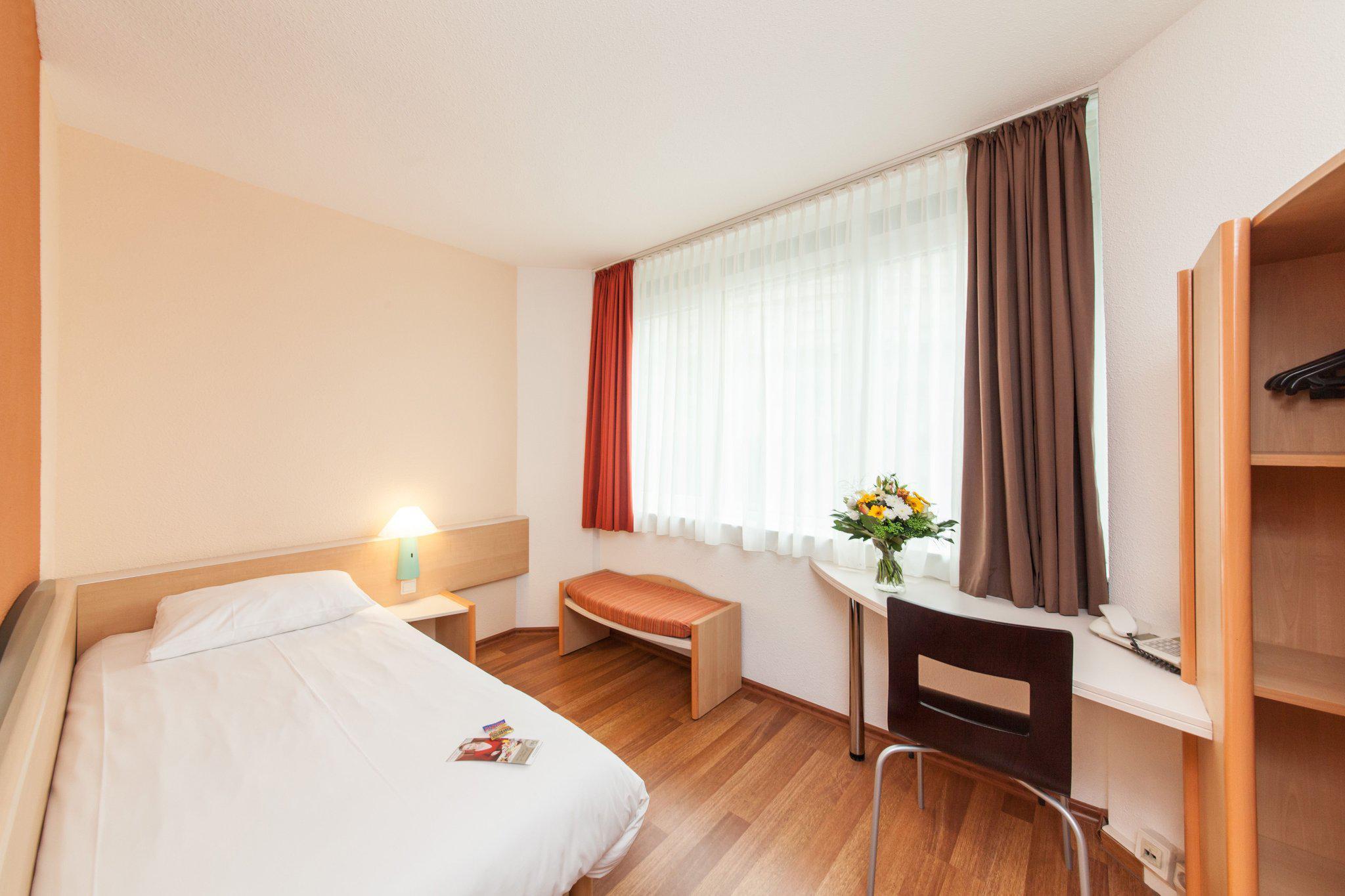 Novum Hotel Wiesbaden City Hotels In Wiesbaden Skyscanner