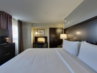 Staybridge Suites MADISON - FITCHBURG
