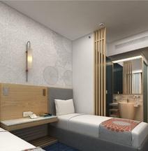 Holiday Inn Express Ahmedabad Prahlad Nagar