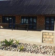 Makolo Bay & Dive Africa