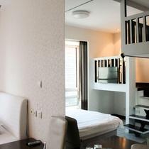 ニュー スペース タイム ジョンリー ホテル & アパートメント