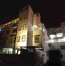 OYO 3815 Hotel Jaisingh Palace