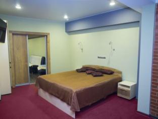 Στούντιο Διαμέρισμα 25 τ.μ. με 1 Ιδιωτικό Μπάνιο σε Πραβομπερέζνι