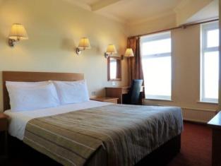The Kilbirnie Hotel