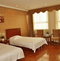 GreenTree Inn LinYi Lanshan District LinXi No.11 Road Express Hotel