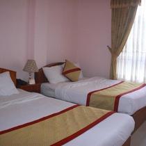 Khách sạn Gold Night