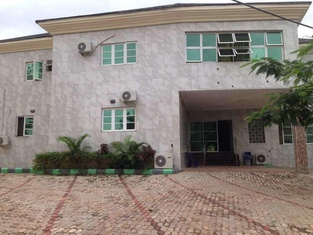 Ekulu Green Guest House