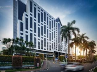 Century Park Hotel