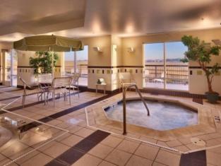 Fairfield Inn and Suites by Marriott Laramie