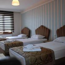 Seli̇mi̇ye Hotel