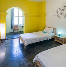 Wonderloft Hostel