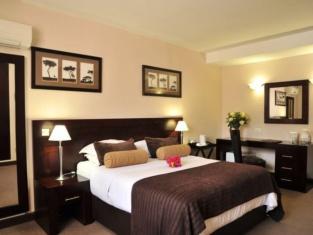 Cresta Bosele Hotel