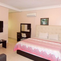 Royalview Hotel and Suites