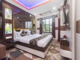 OYO 16064 Tirupati Lodge