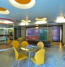 지옌탄 유스 호텔