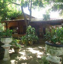 Nildiya Guest House