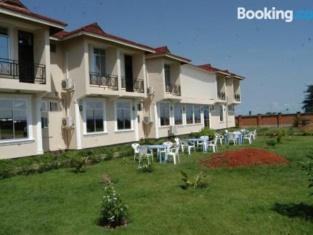 Pappaya Lodge