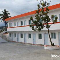 Hotel El Paraiso PLC
