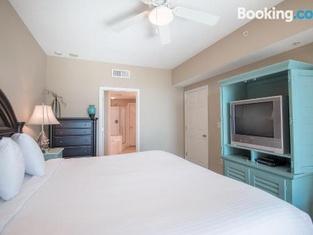 Legacy II 203 Deluxe - Two Bedroom Apartment