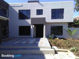 Naldorado Executive Villa