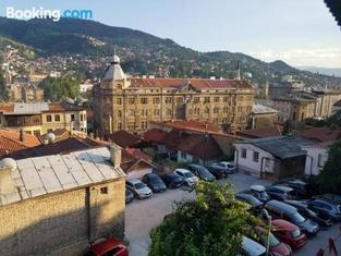 Curovac View