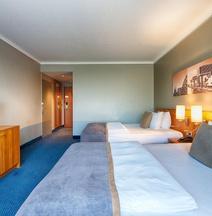 科隆波恩機場萊昂納多酒店
