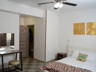 Hotel Lucky - Hostel