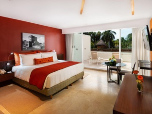 InterContinental Hotels Presidente Cancun Resort