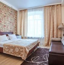 Hotel Bonjour at Kazakova