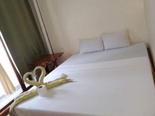Queen Elena Hotel