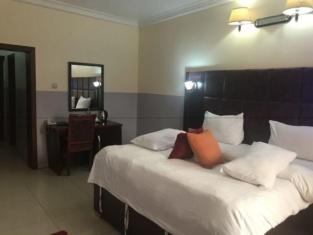 Nondon International Hotel