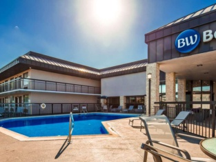 Best Western Center Inn