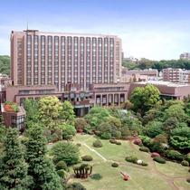 โรงแรม รีห์กะ รอยัล โตเกียว