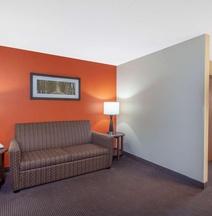 聖克勞德美國套房酒店