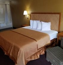 Americas Best Value Inn & Suites Pensacola