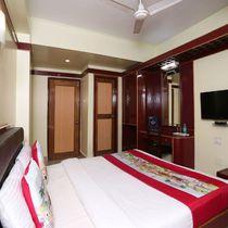 OYO 4793 Hotel President