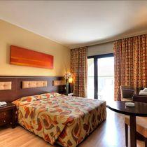Hotel Livadhiotis City