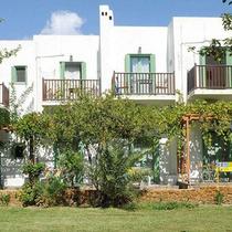 Pegasus Studios & Apartments