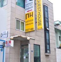 D.H Myeongdong Guesthouse