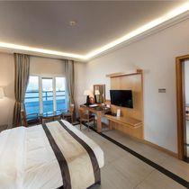 Ramada Qurum Beach Hotel