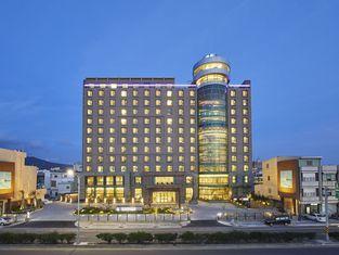 Grand Bay Resort Hotel