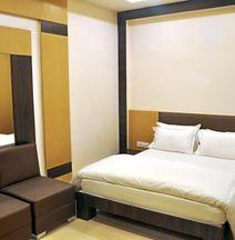 Hotel Tirupati Galaxy