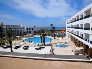 Le Soleil Bella Vista Resort