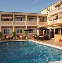 Hotel Sa Barrera - Adults Only