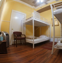 Auberge Nola Hostel