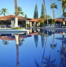 Cabo Blanco Hotel and Marina