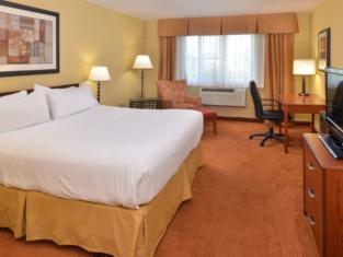 Holiday Inn Stevens Point - Co